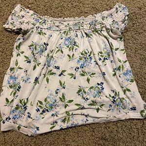 Off the Shoulder Flower print American Eagle Shirt